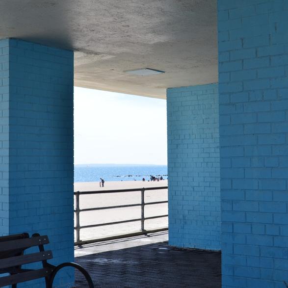 El azul de Conney Island, abril 2014.